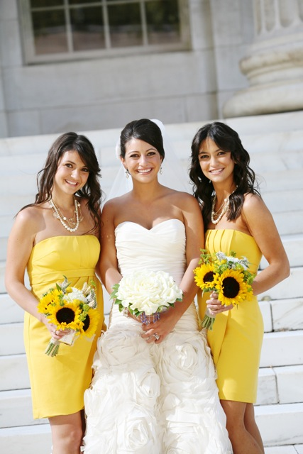 jsorelle-sisters-yellow-sunflower-country-wedding