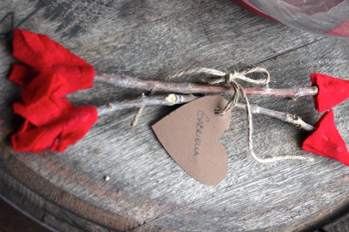 diy cupids arrow made by twigs