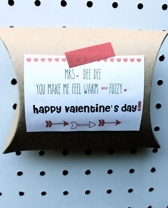 valentine-teacher-socks-slippers-stripes-heart-diy-holiday