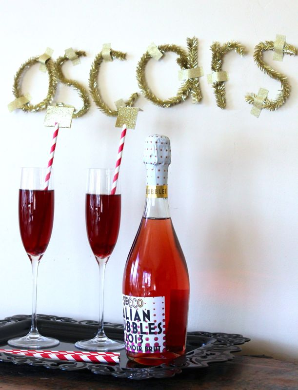 oscar-party-envelope-gold-champagne-red-white-straws