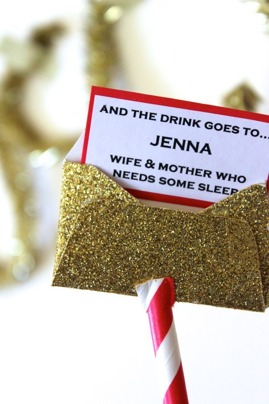 gold-oscar-red-white-envelope-party-straw