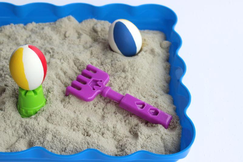 easter eggs-diy-beach-ball-red-yellow-blue