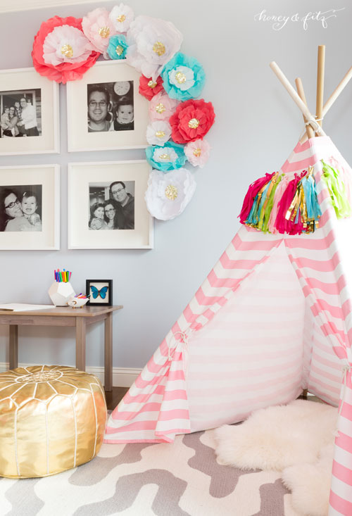 girls-pink-bedroom-etsy-teepee-paper-flowers-gold-pouf-tassle-spring-home-decor