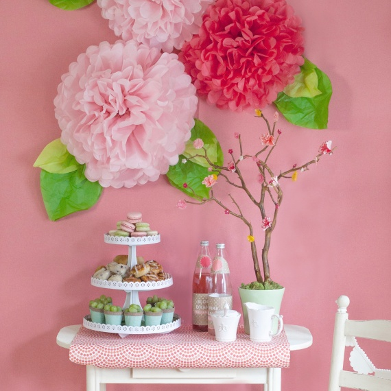 mothers-day-dessert-table-pom-flowers-pink-spring-wall-art