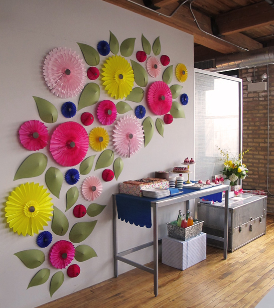 snow-and-graham-shower-floral-wall-art-diy-spring-dessert-backdrop