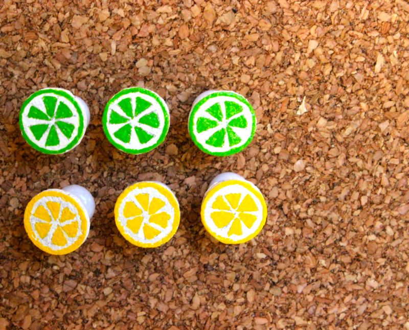 lemon-lime-push-pin-summer-diy-cork-paint