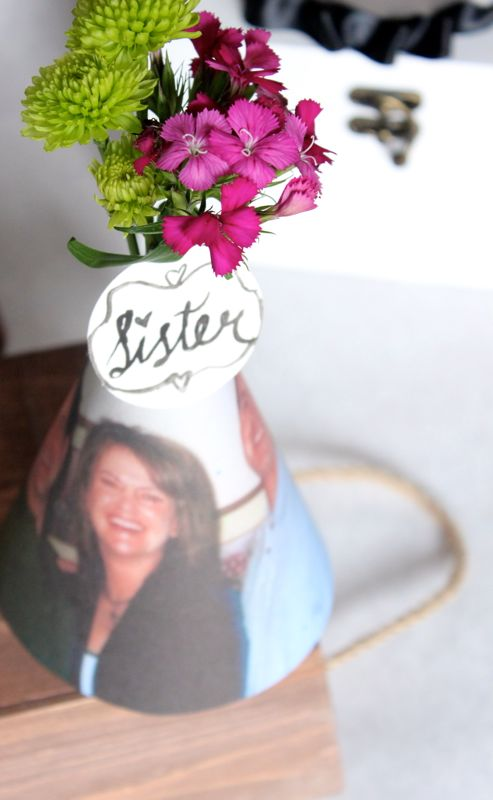 diy-party-hats-paper-mom-mothers-day-heart-photos