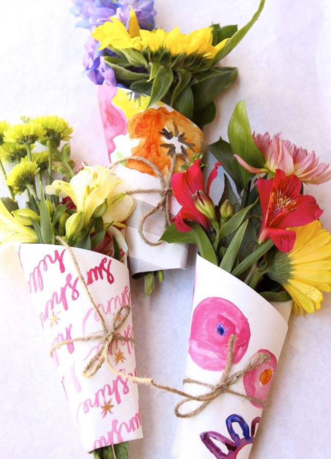 diy-flower-bouquet-wrap-sunflower-art-twine-pink-orange-summer-diy-hostess-gift