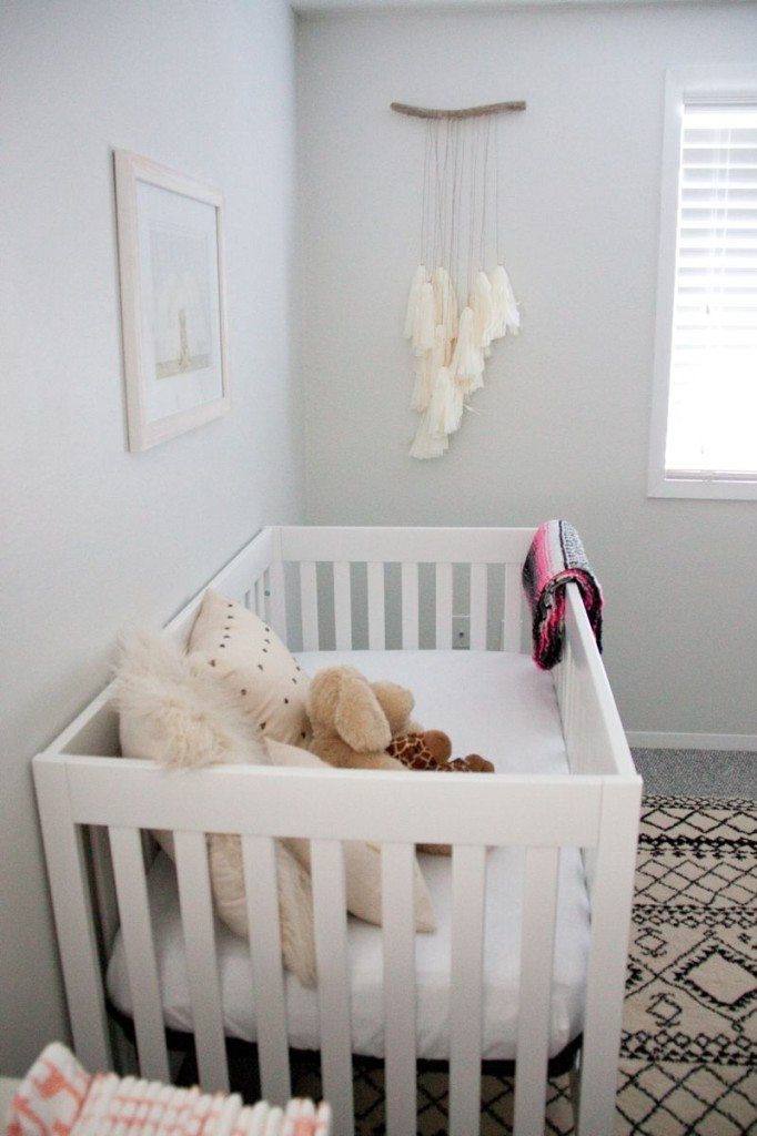 baby-girl-nursery-pink-ombre-baskets-white-ikea-gold-crib-nursery-gold-animal