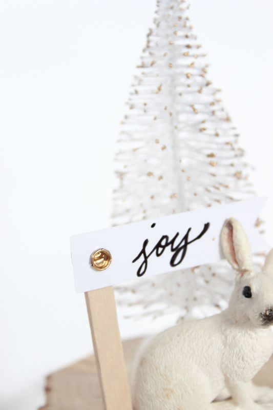 white-tree-rabbit-joy-sign-gold