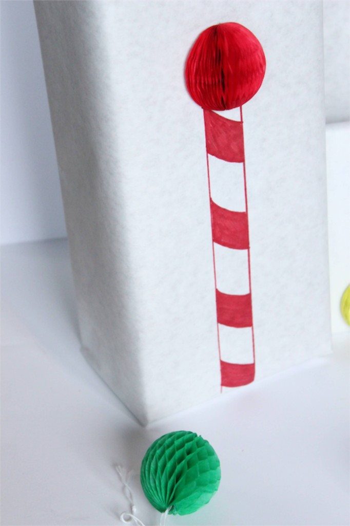 north-pole-wrapping-paper-diy-christmas-red-honeycomb-ball