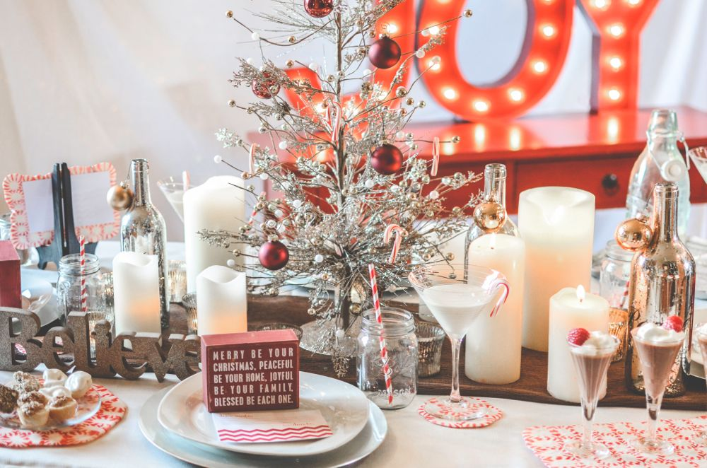 peppermint-diy-tray-red-white-joy-holiday-party-christmas-table-silver-tree