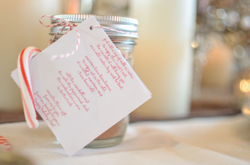 hot-cocoa-to-go-mason-jar-candy-cane