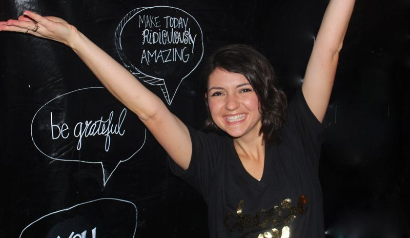 chalkboard-NYE-backdrop-photo-booth-choose-joy