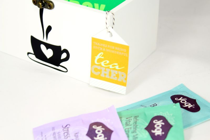 -teacher-gift-diy-tea-bags-organizer-wood-box-black-coffee-mug
