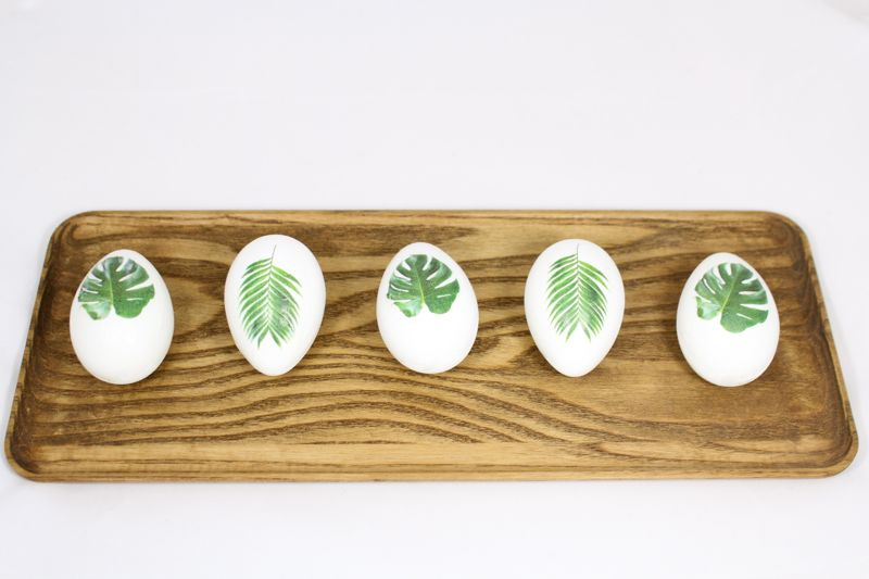 easter-eggs-tropical-leaf-diy-wood-tray