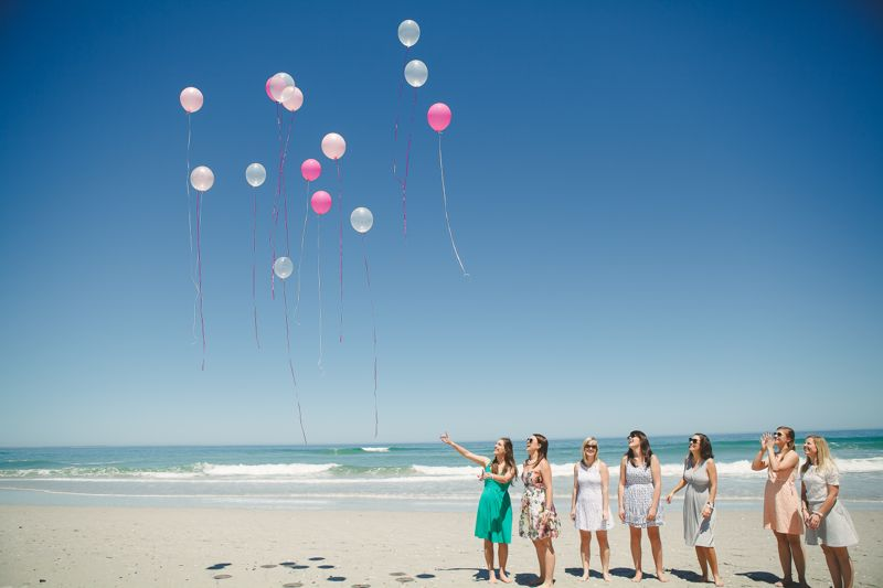 beach-pink-balloon-release-ladies-bachelorette-weekend