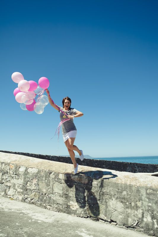 happy-pink-balloons-beach-fun