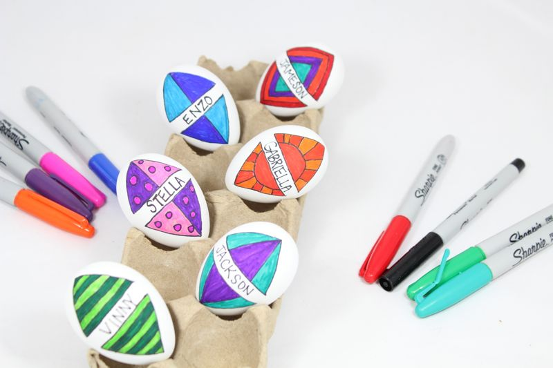 diy-kites-easter-eggs-coloring-markers