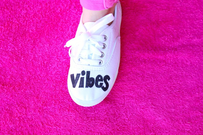 white-shoes-diy-for-kids-good-vibes-pink