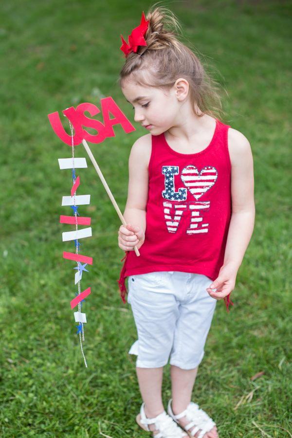 4th-of-july-usa-diy-flag-banner-red-white-blue-picnic-kids
