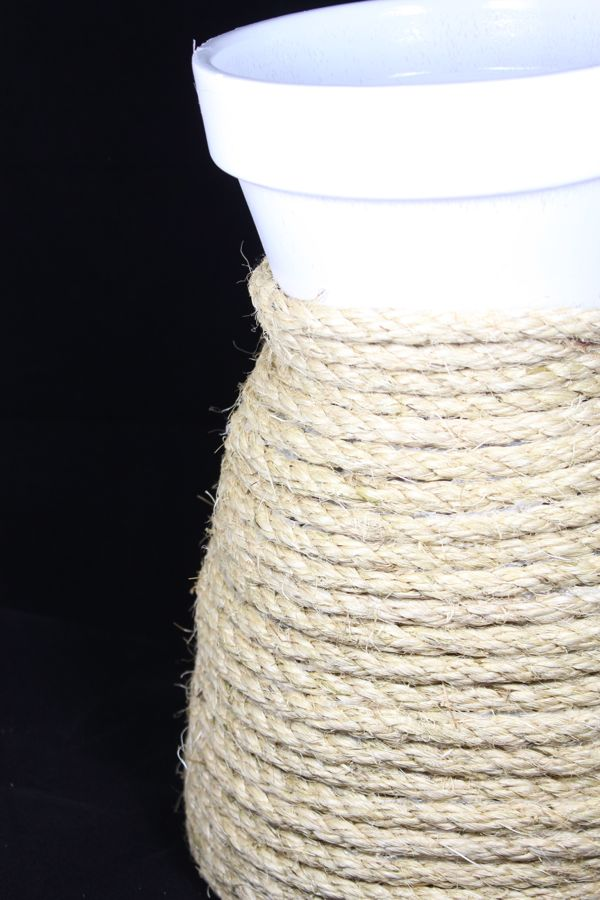 diy-rope-planter-white-terra-cotta-pot