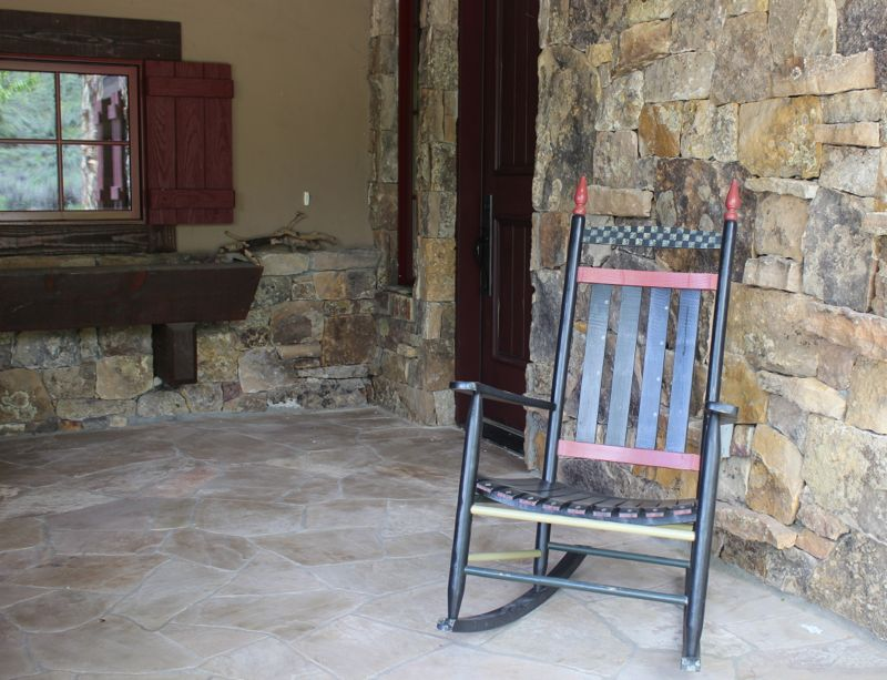 front-porch-rocking-chair-makeover