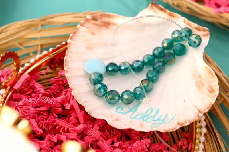 seashell-necklace-beads
