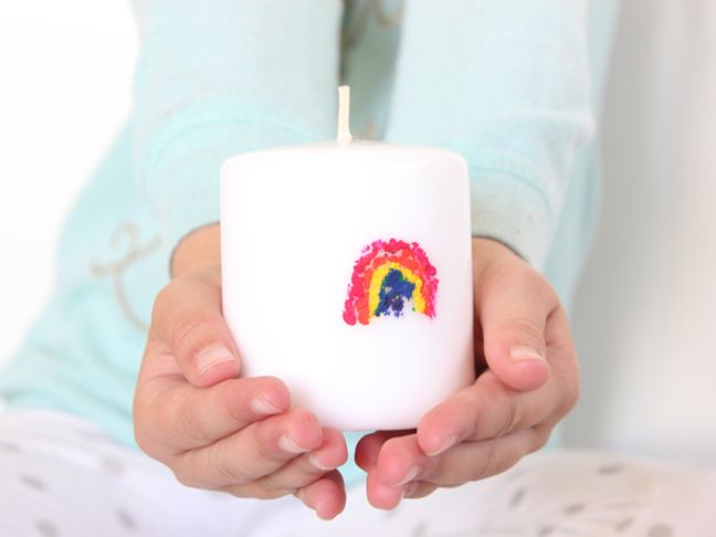 DIY crayon candle craft and hostess gift with kids