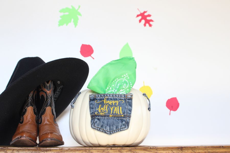 diy-jean-pocket-pumpkin-green-bandana-country-cowboy-boots
