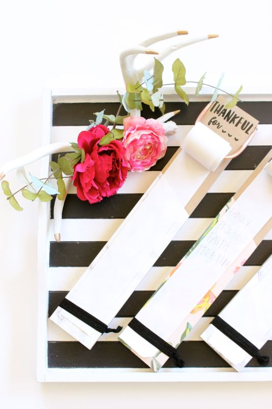 grateful-diy-list-flowers-black-white-stripes