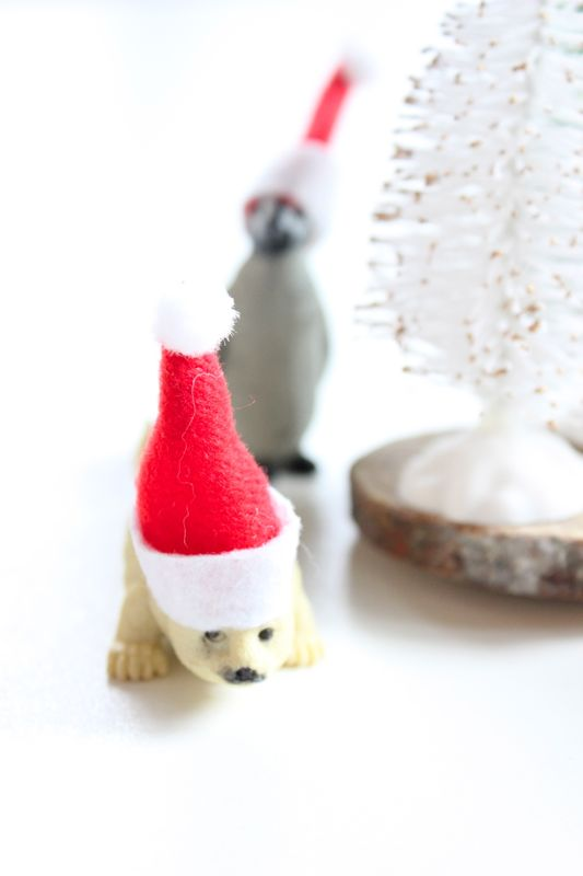 mini-santa-hat-baby-seal
