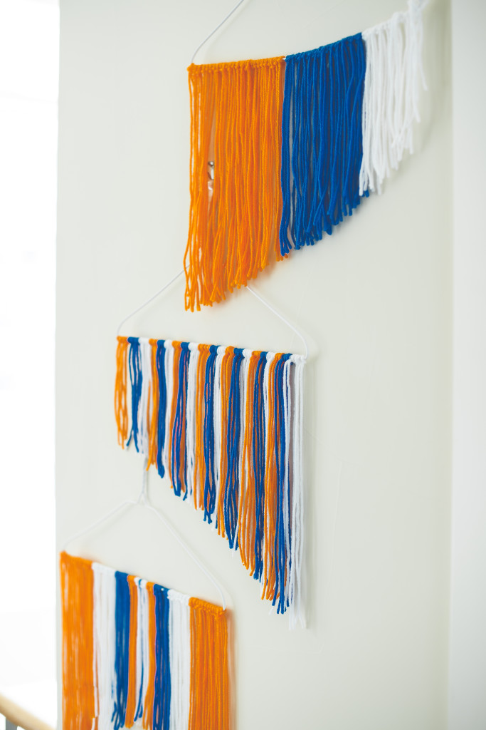 bronco-party-blue-orange-super-bowl-50-football-diy-yarn-wall-hanging