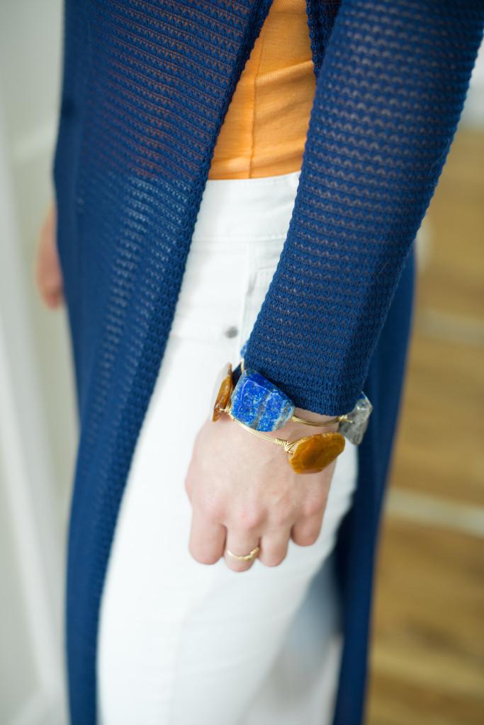 blue-sweater-woman-orange-white-jeans-fashion-bourbon-and-boweties-bracelets