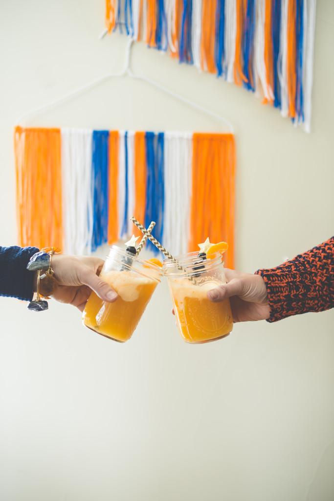 orange-cocktail-bracelets-super-bowl-party-orange-blue-yarn