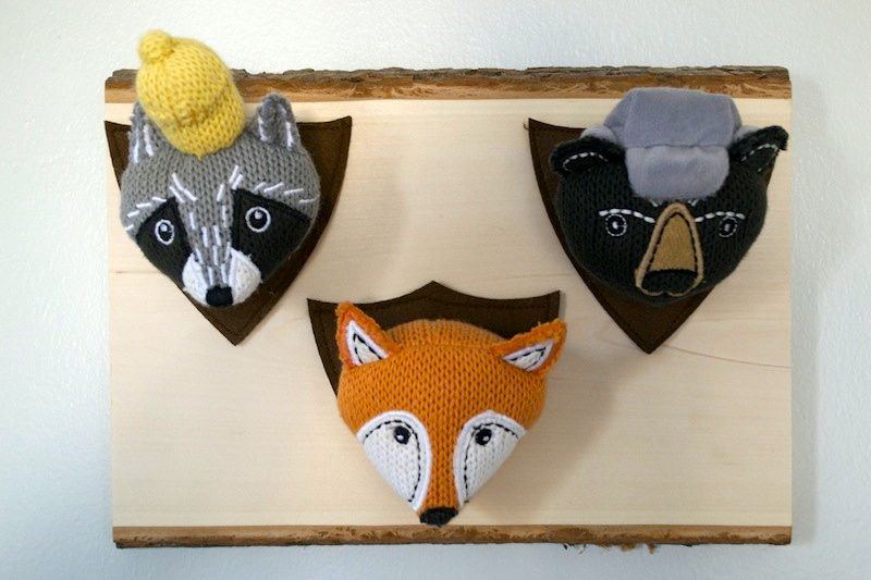 scandinavian-nursery-girls-room-love-antlers-modern-woodland-animal-heads-fox-racoon