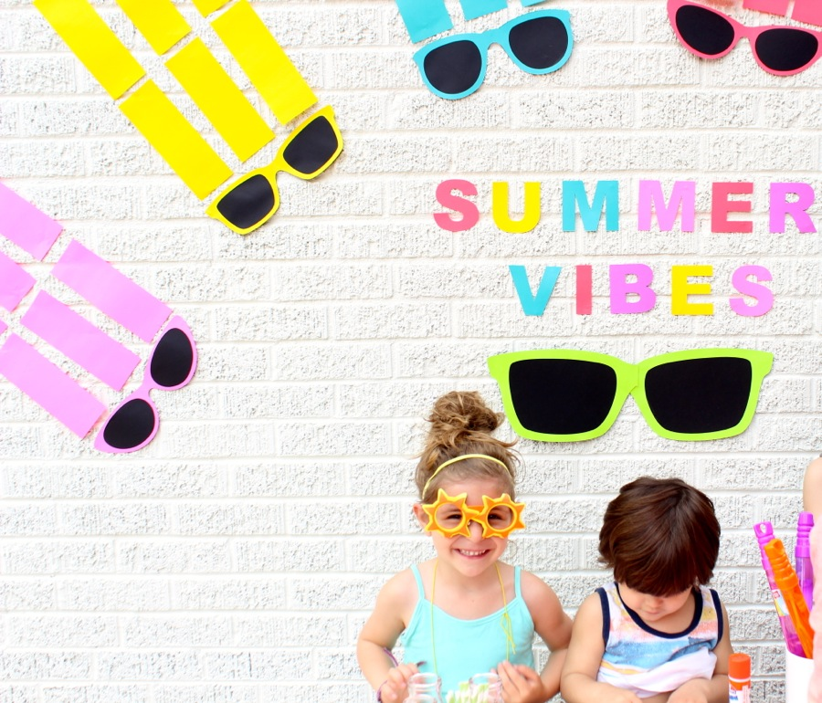 summer-vibes-girl-with-sun-sunglasses-colorful-rainbow-of-sunglasses