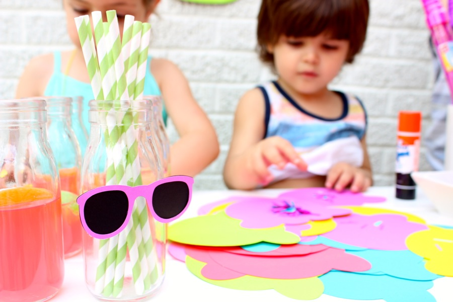 paper-ice-cream-scoops-and-colorful-paper-sunglasses