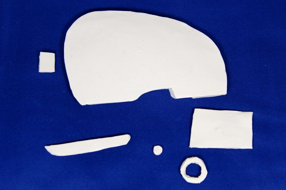 white-retro-camper-shapes-blue-diy