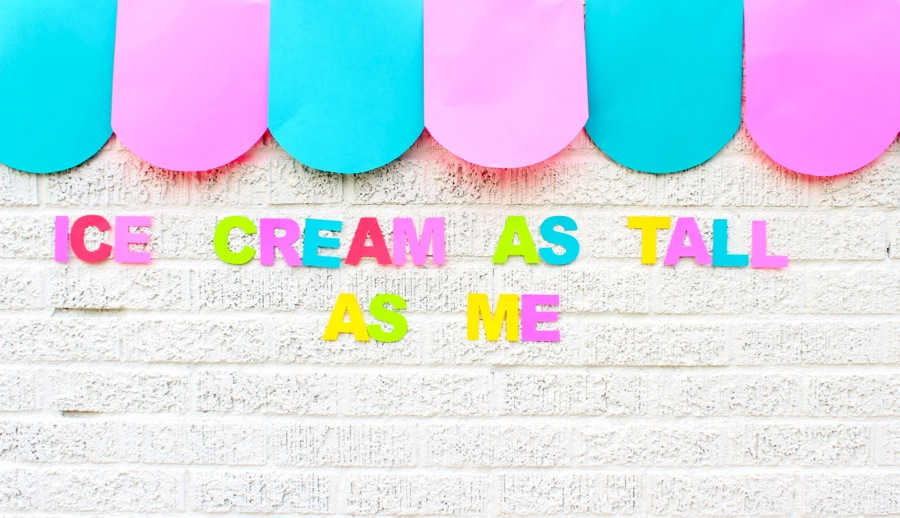 ice-cream-as-tall-as-me-diy-paper-ice-cream-awning