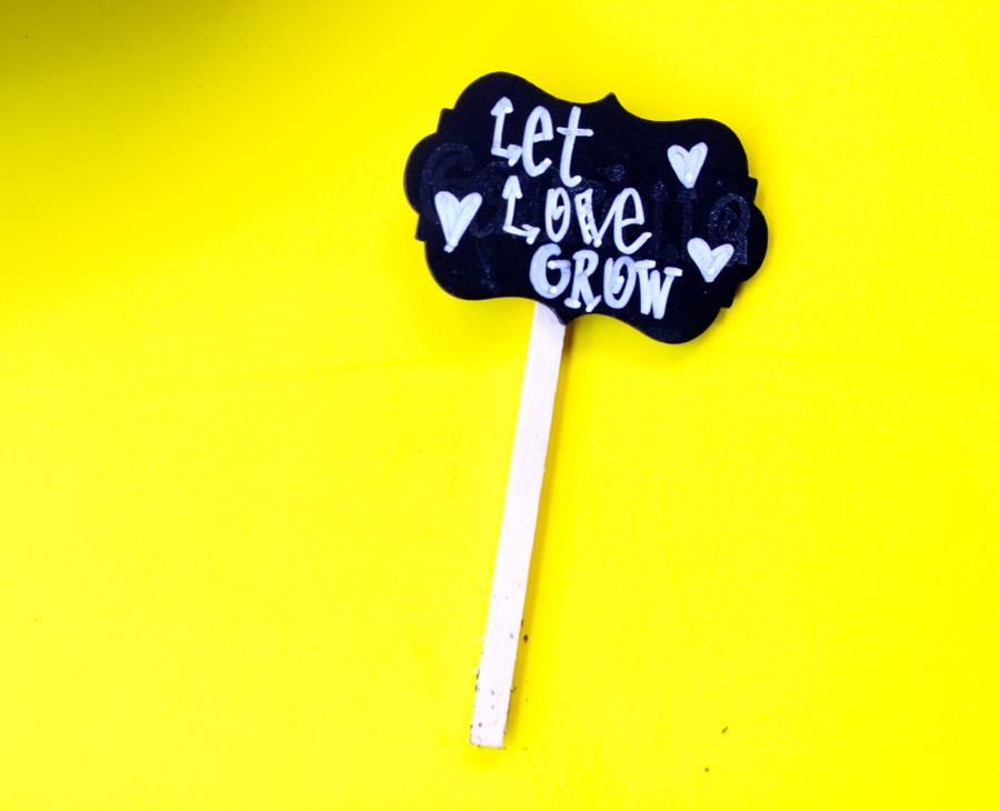 let-love-grow-chalkboard-sign