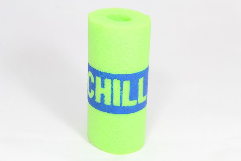 summer-diy-freezer-pop-holder-popsicle-green-pool-noodle-chill-typography