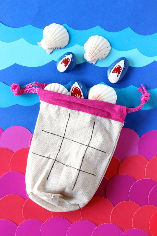 shark-mermaid-tic-tac-toe-diy-party-favor