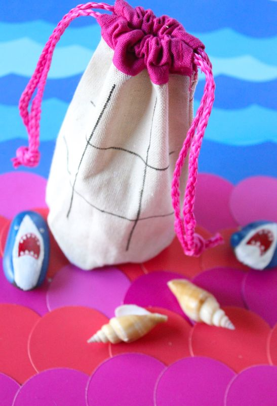 shark-mermaid-tic-tac-toe-seashells-party-favor-drawstring-bag-diy-kids-game