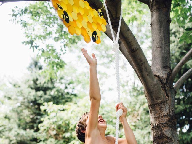 honeycomb-craft-rope-climb-for-kids