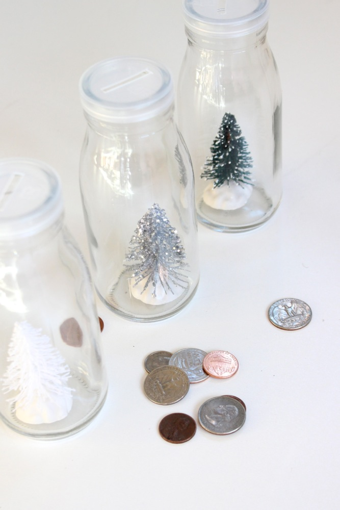 diy-milk-bottles-with-christmas-trees