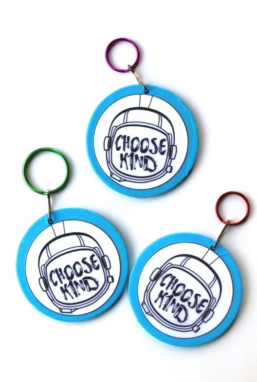 diy-choose-kind-keychains-inspired-by-wonder