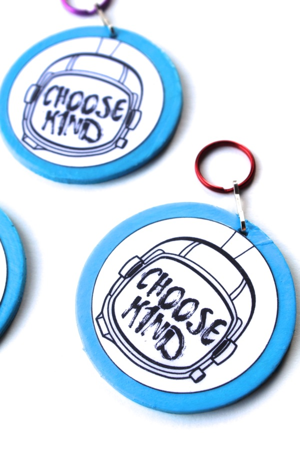 choose-kind-keychains-diy-wonder-the-book-and-movie