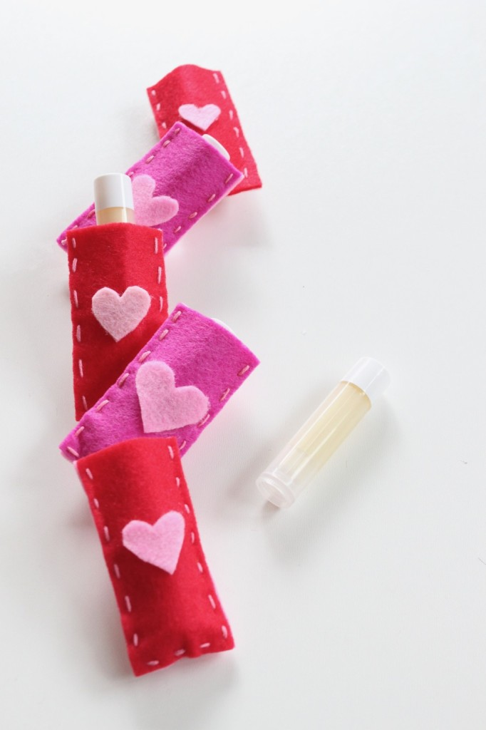 diy-lip-balm-in-red-and-pink-pouches-with-hearts