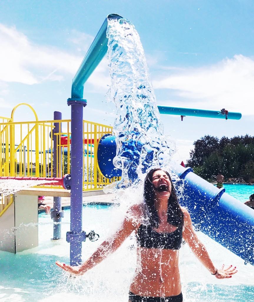 girl-at-the-splash-pool